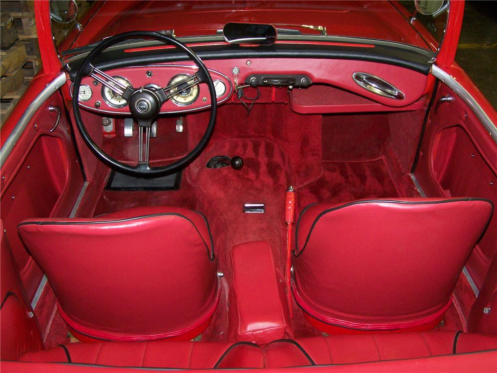 1958 AUSTIN-HEALEY 100-6 BN4 ROADSTER - Interior - 82441