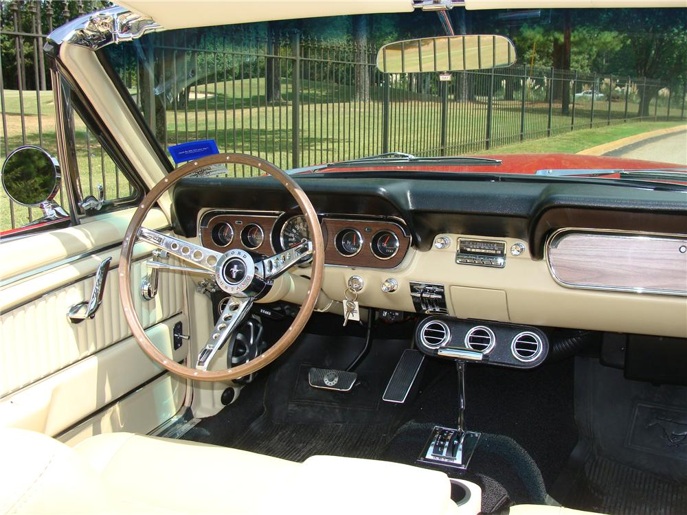 1966 FORD MUSTANG CUSTOM CONVERTIBLE - Interior - 82481