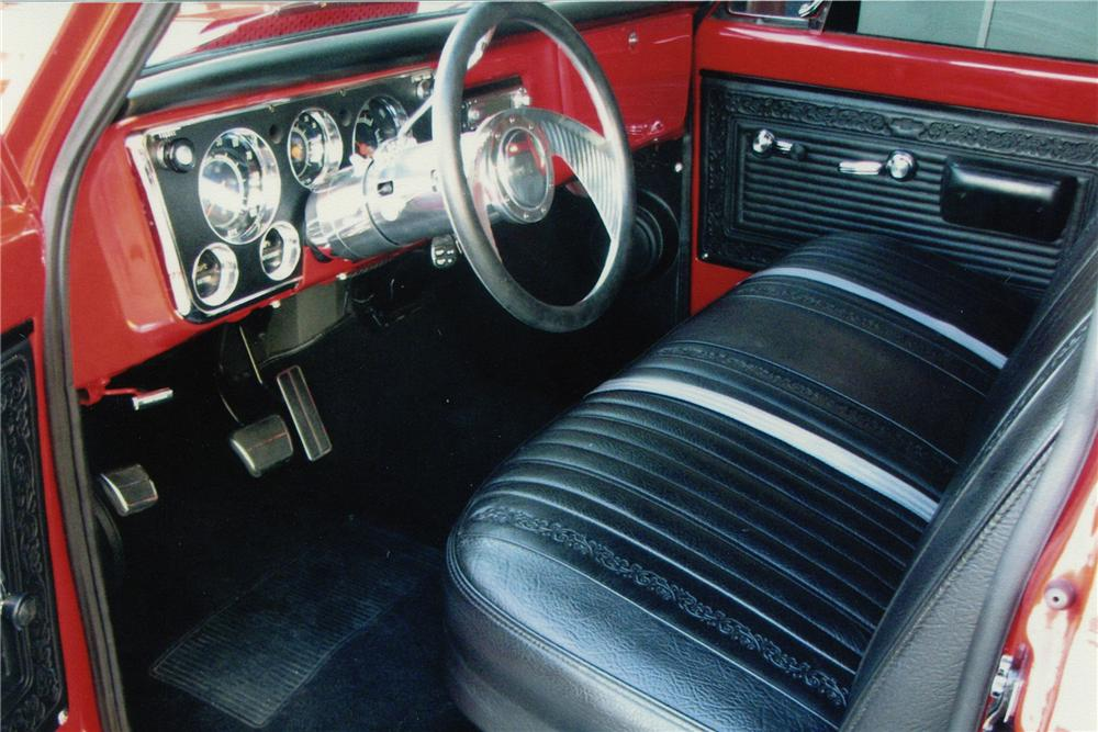 1971 CHEVROLET C-10 CUSTOM SWB PICKUP - Interior - 82494