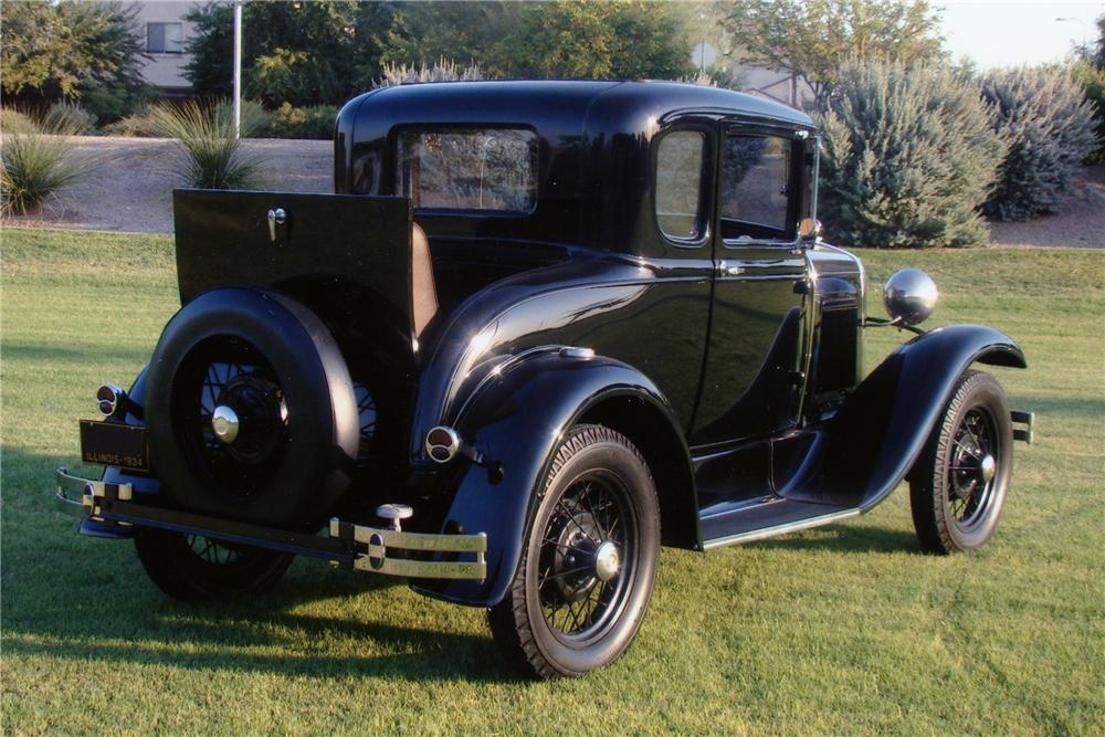 1930       FORD    MODEL A COUPE  USED BY JOHN DILLINGER   82583