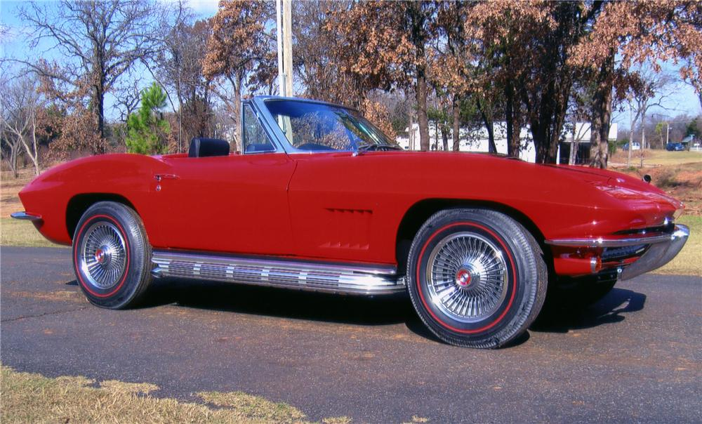1967 CHEVROLET CORVETTE CONVERTIBLE - Side Profile - 82613