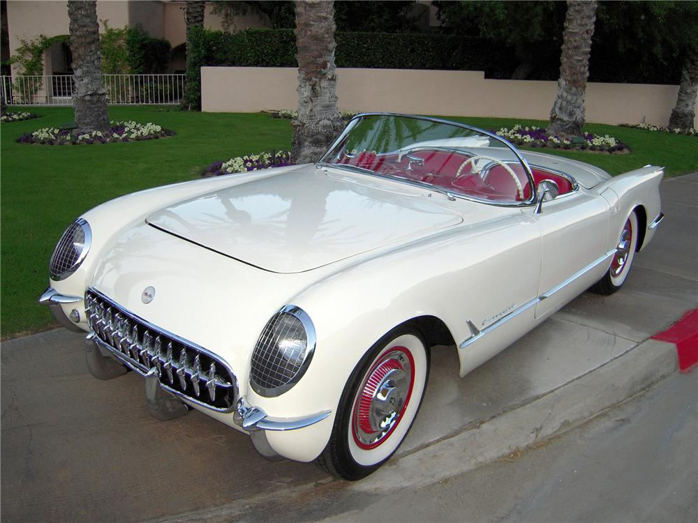 1954 CHEVROLET CORVETTE CONVERTIBLE - Front 3/4 - 82617