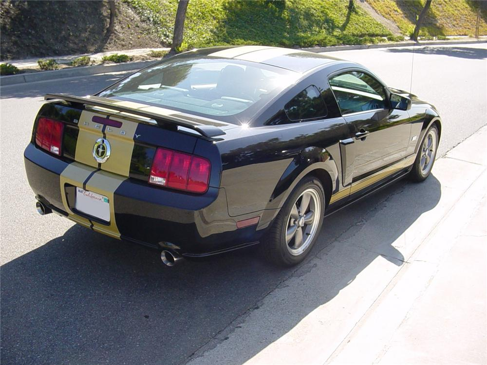 2006 FORD SHELBY HERTZ MUSTANG FASTBACK - Rear 3/4 - 82639