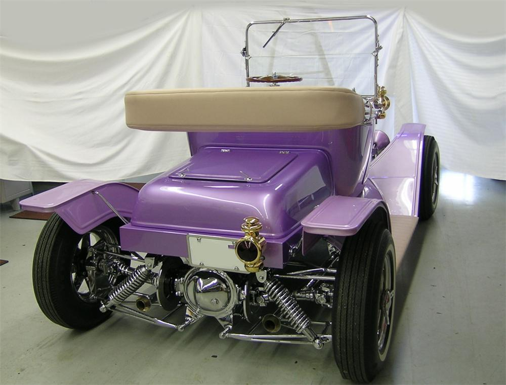 1913 FORD MODEL T CUSTOM ROADSTER - Rear 3/4 - 82643
