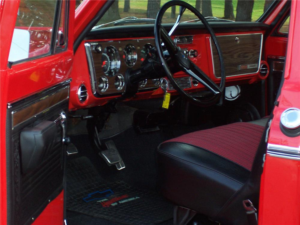 1971 CHEVROLET CHEYENNE SUPER 10 PICKUP - Interior - 82651