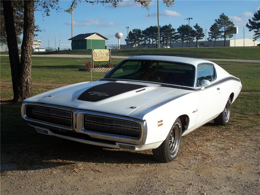 1971 DODGE CHARGER R/T 2 DOOR COUPE - Front 3/4 - 82654