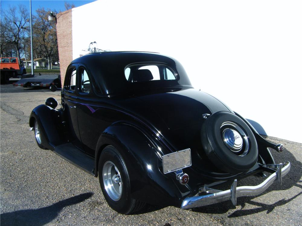 1936 FORD 5 WINDOW CUSTOM COUPE - Rear 3/4 - 82691
