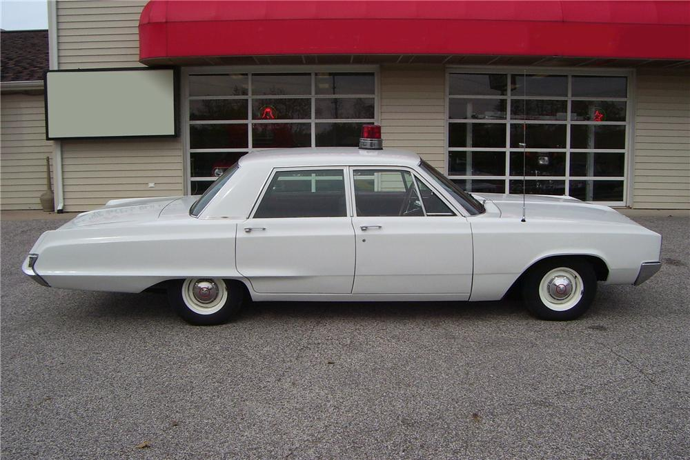 1967 DODGE POLARA SQUAD CAR - Side Profile - 82732