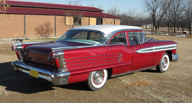 1958 OLDSMOBILE SUPER 88 4 DOOR SEDAN - Rear 3/4 - 82767