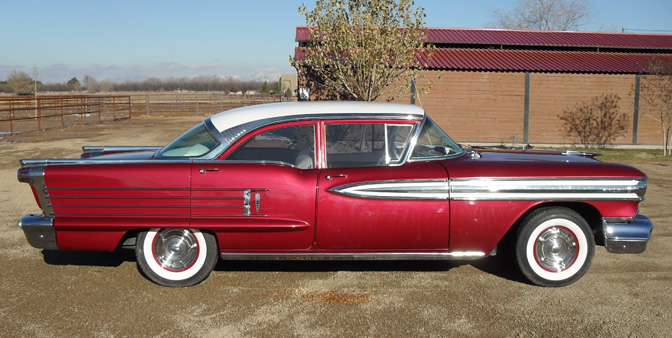 1958 OLDSMOBILE SUPER 88 4 DOOR SEDAN - Side Profile - 82767
