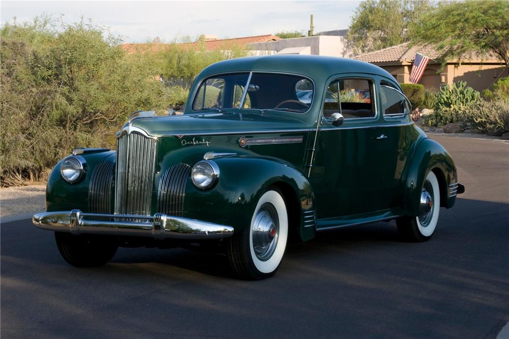 1941 PACKARD 160 COUPE - Front 3/4 - 82768