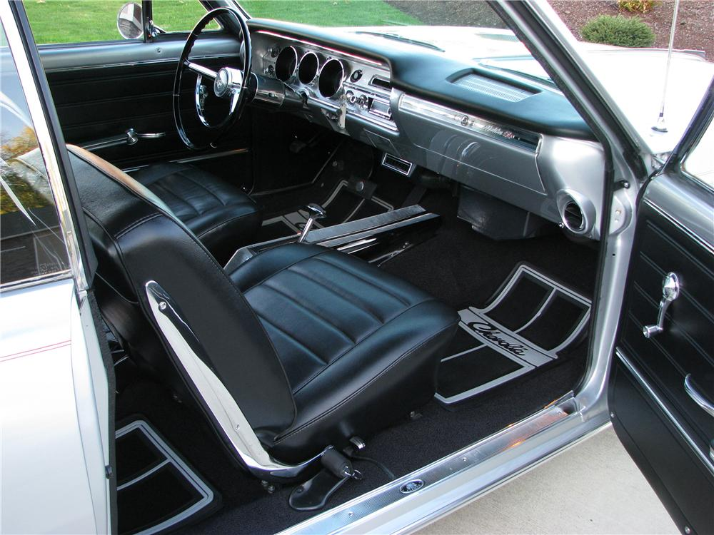1965 CHEVROLET CHEVELLE SS CUSTOM 2 DOOR HARDTOP - Interior - 82819