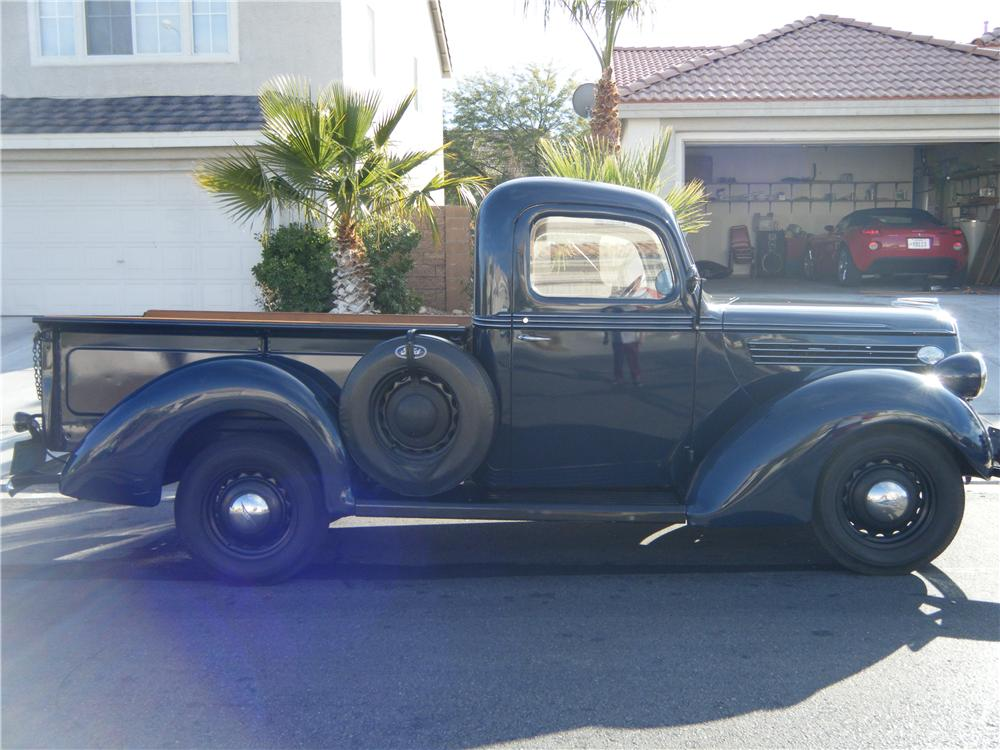 1939 FORD PICKUP - Side Profile - 84153