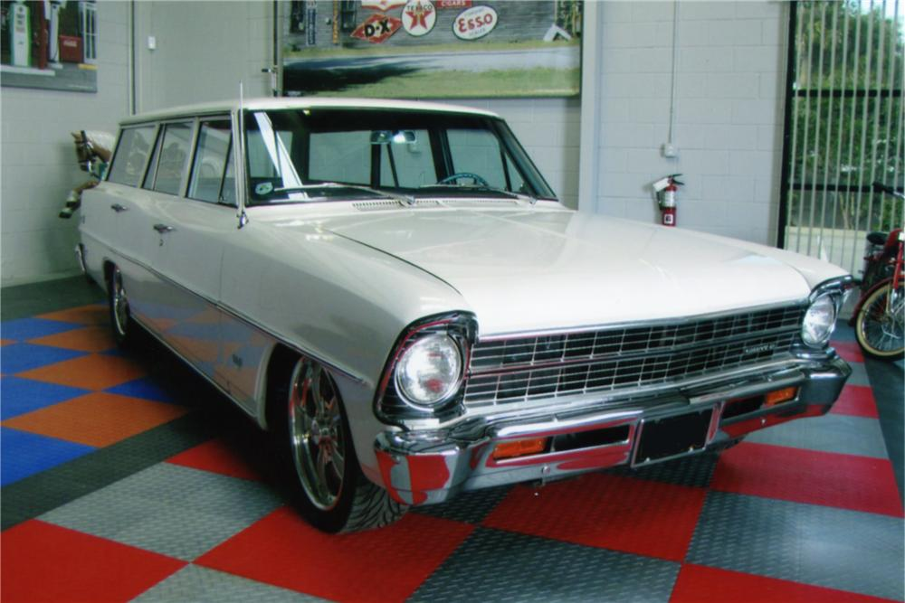 1967 CHEVROLET NOVA STATION WAGON - Front 3/4 - 88824