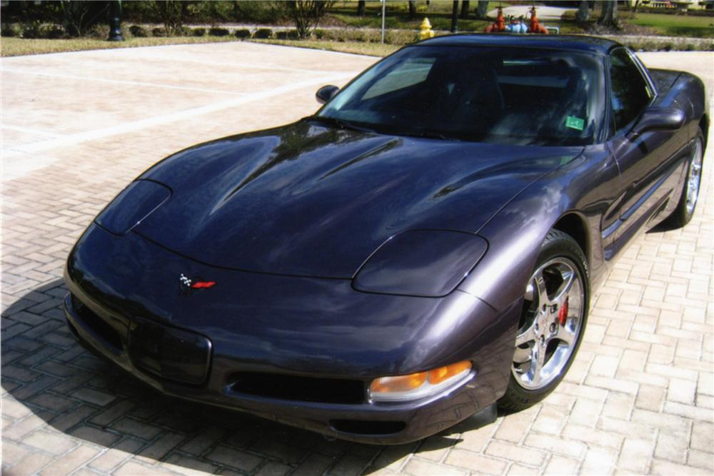 1998 CHEVROLET CORVETTE COUPE - Front 3/4 - 88825