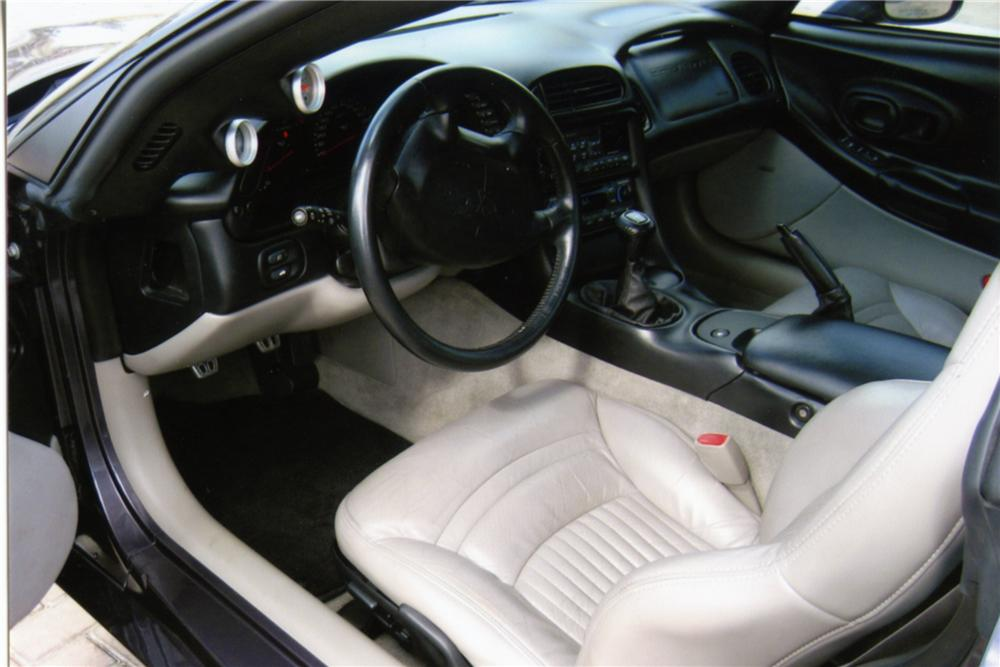 1998 CHEVROLET CORVETTE COUPE - Interior - 88825
