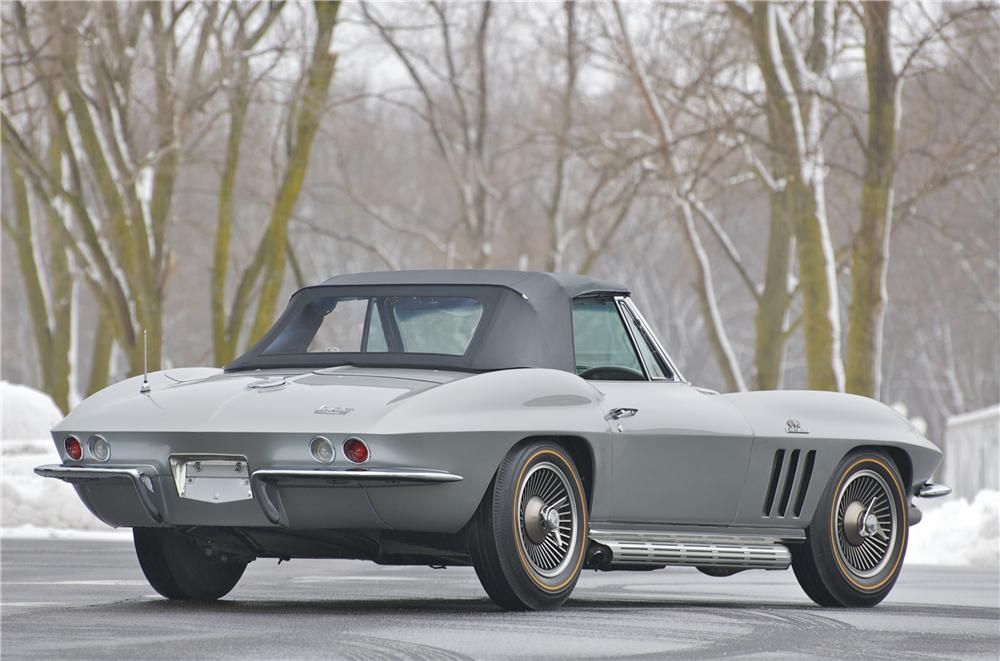 1966 CHEVROLET CORVETTE CONVERTIBLE - Rear 3/4 - 88830