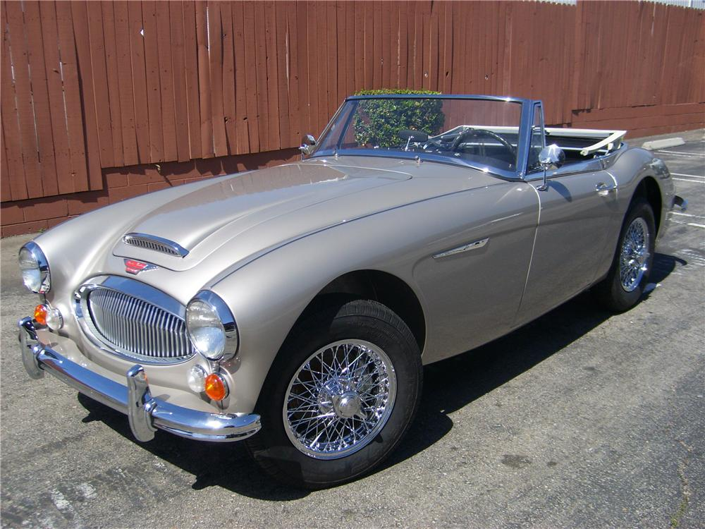 1967 AUSTIN-HEALEY 3000 MARK III BJ8 CONVERTIBLE - Front 3/4 - 88831