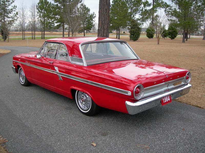 1964 FORD FAIRLANE 2 DOOR HARDTOP COUPE - Rear 3/4 - 88842