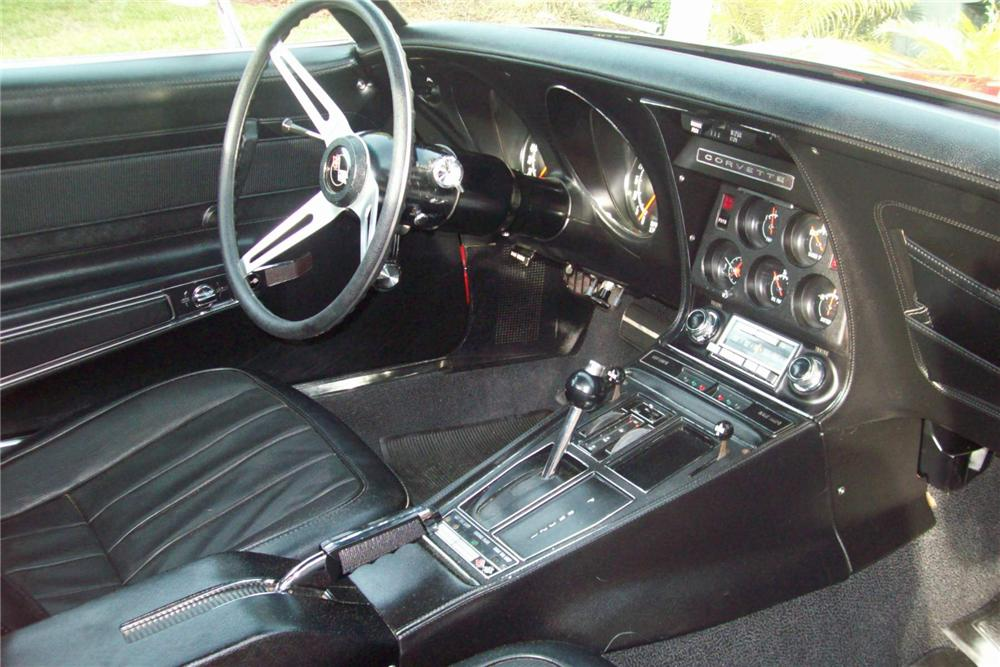 1970 CHEVROLET CORVETTE COUPE - Interior - 88856