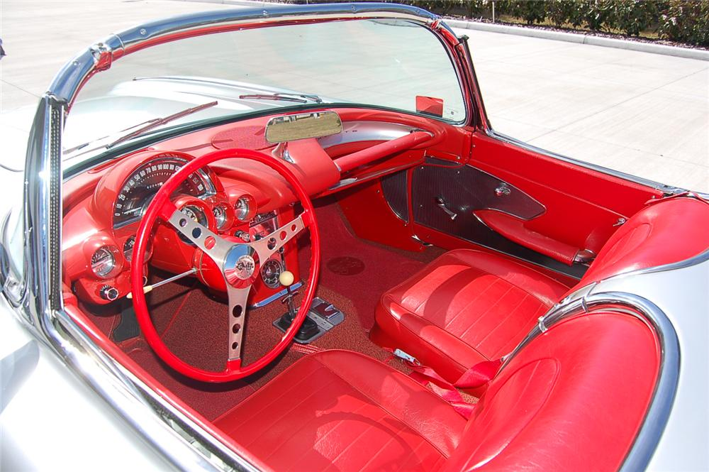 1959 CHEVROLET CORVETTE CONVERTIBLE - Interior - 88862