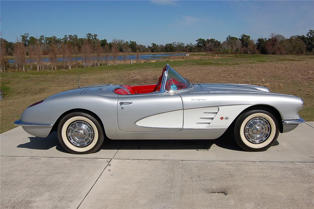 1959 CHEVROLET CORVETTE CONVERTIBLE - Side Profile - 88862