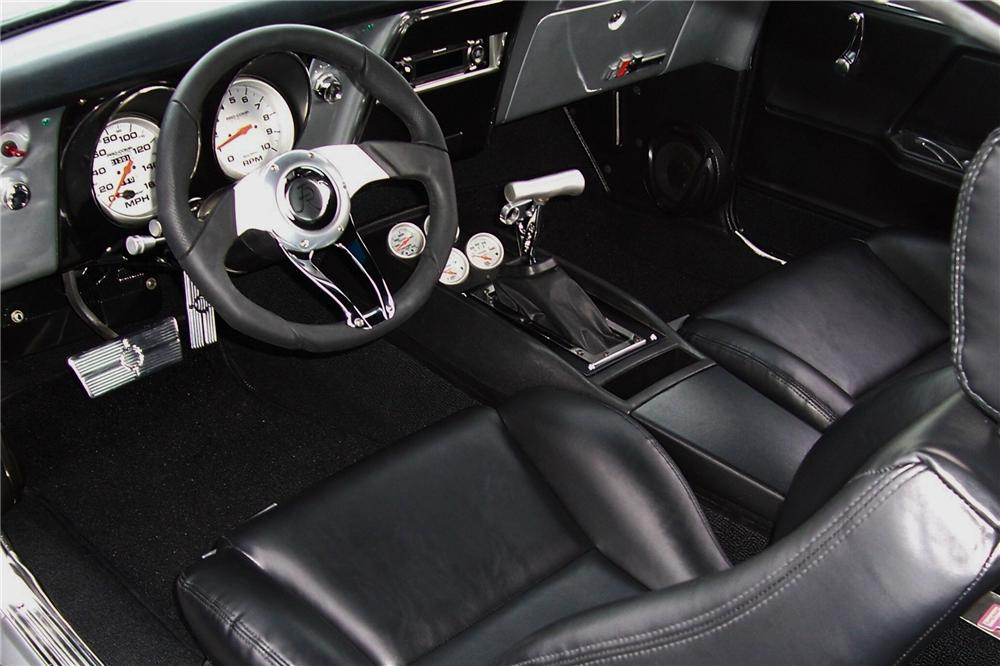 1967 CHEVROLET CAMARO PRO TOURING COUPE - Interior - 88863