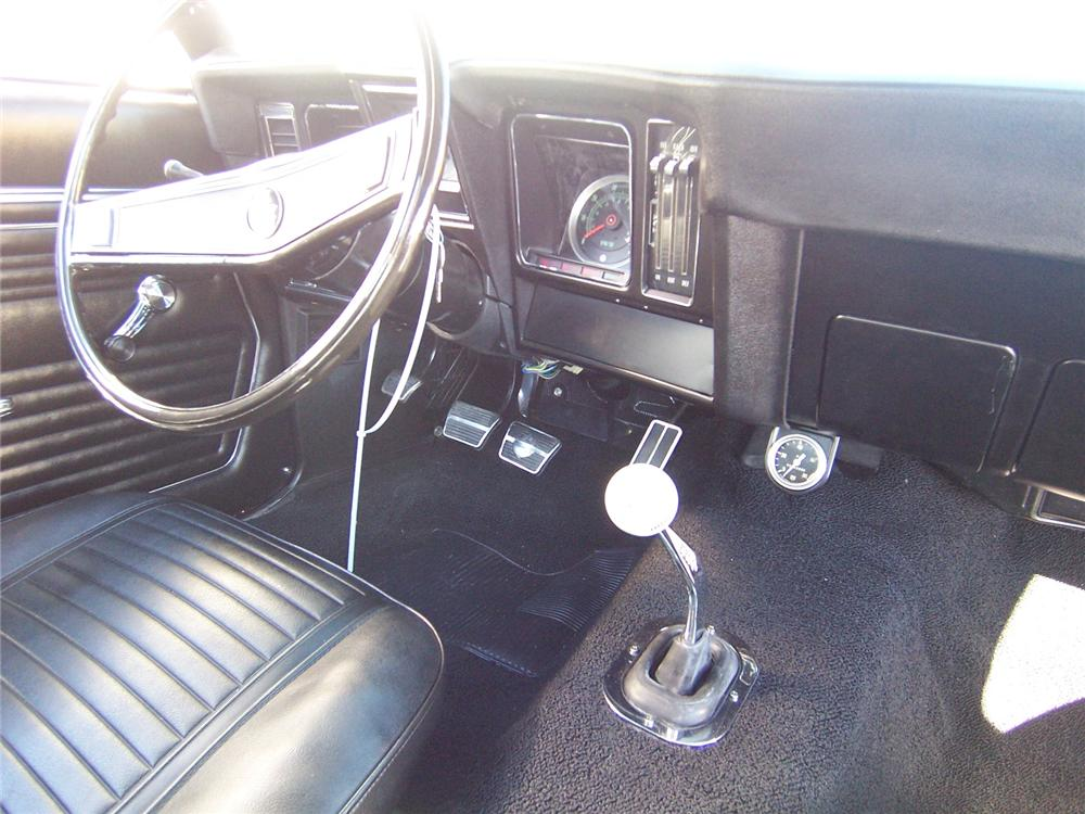 1969 CHEVROLET CAMARO CUSTOM 2 DOOR COUPE - Interior - 88885