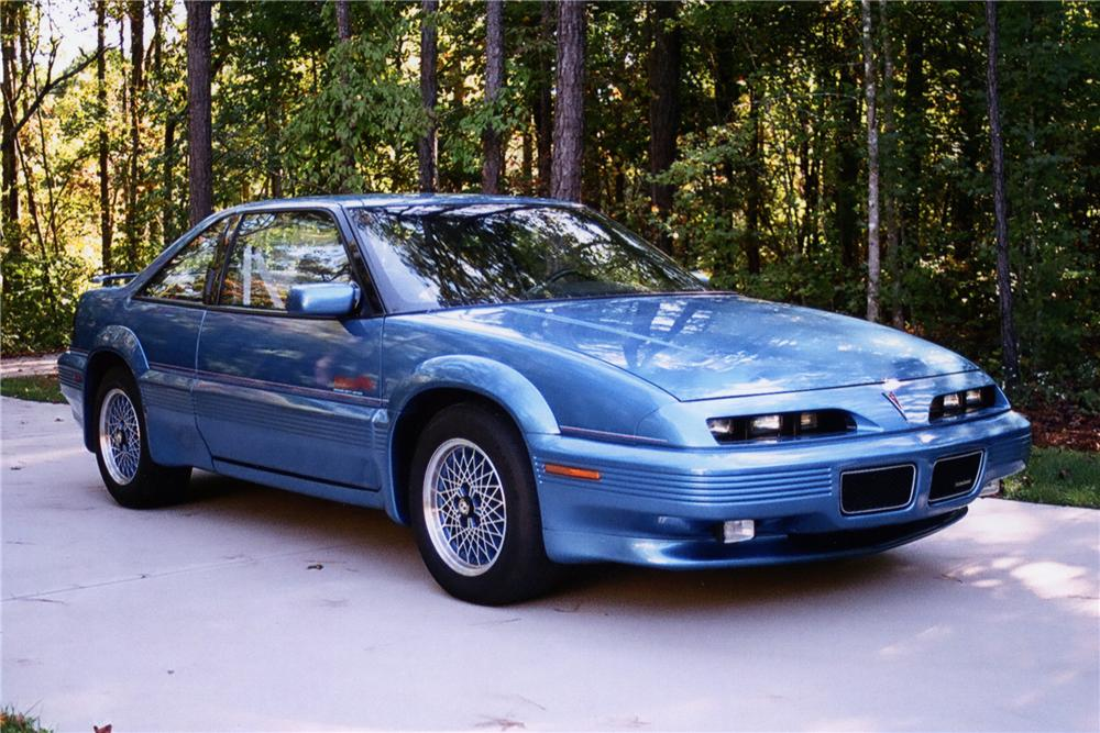 1992 PONTIAC GRAND PRIX RICHARD PETTY LIMITED EDITION - Front 3/4 - 88894