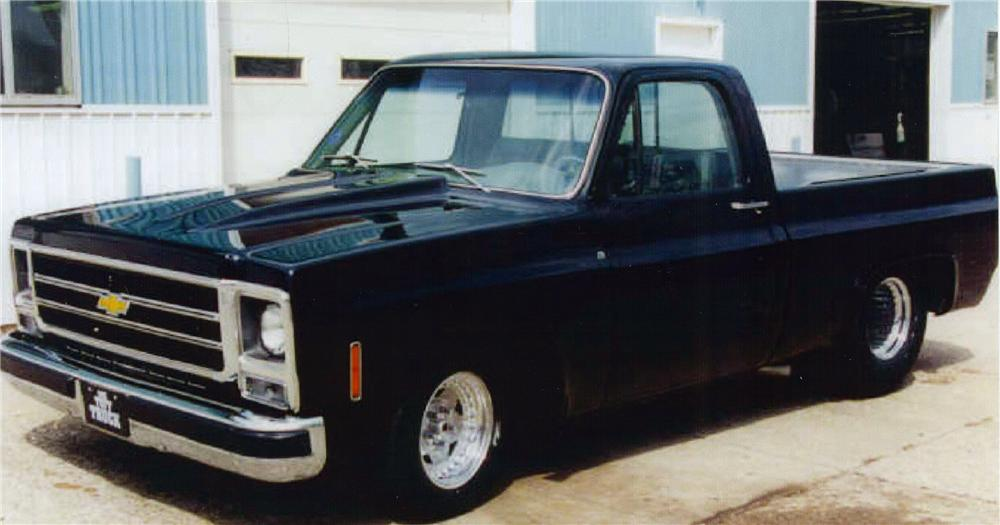 1979 CHEVROLET FLEETSIDE CUSTOM PICKUP - Front 3/4 - 88909