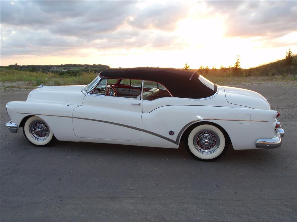 1953 BUICK SKYLARK CONVERTIBLE - Side Profile - 88924