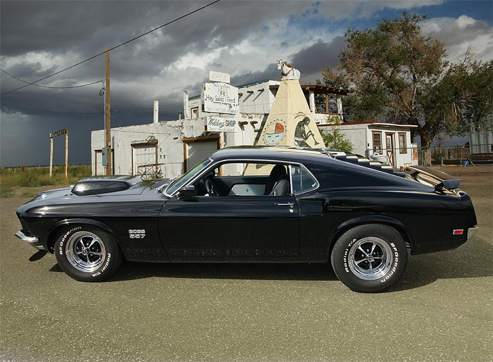 1969 FORD MUSTANG CUSTOM FASTBACK - Side Profile - 88932