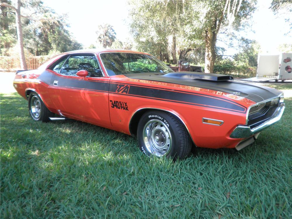 1970 DODGE CHALLENGER T/A 2 DOOR COUPE - Front 3/4 - 88942