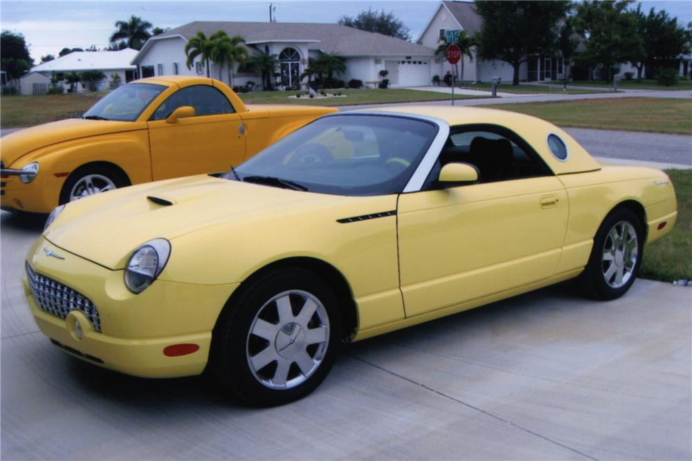 2002 FORD THUNDERBIRD CONVERTIBLE - Side Profile - 88944