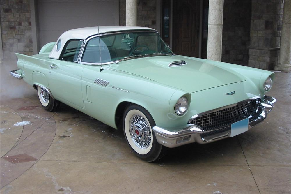 1957 FORD THUNDERBIRD CONVERTIBLE - Front 3/4 - 88947