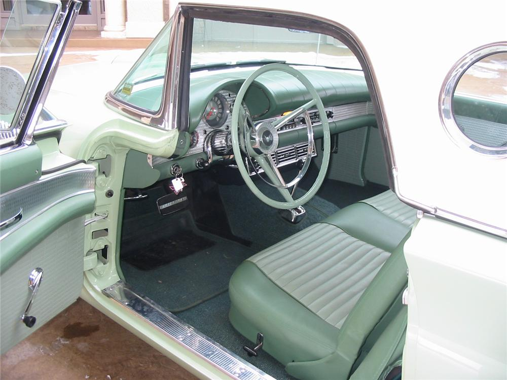 1957 FORD THUNDERBIRD CONVERTIBLE - Interior - 88947