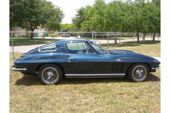 1966 CHEVROLET CORVETTE COUPE - Side Profile - 88956