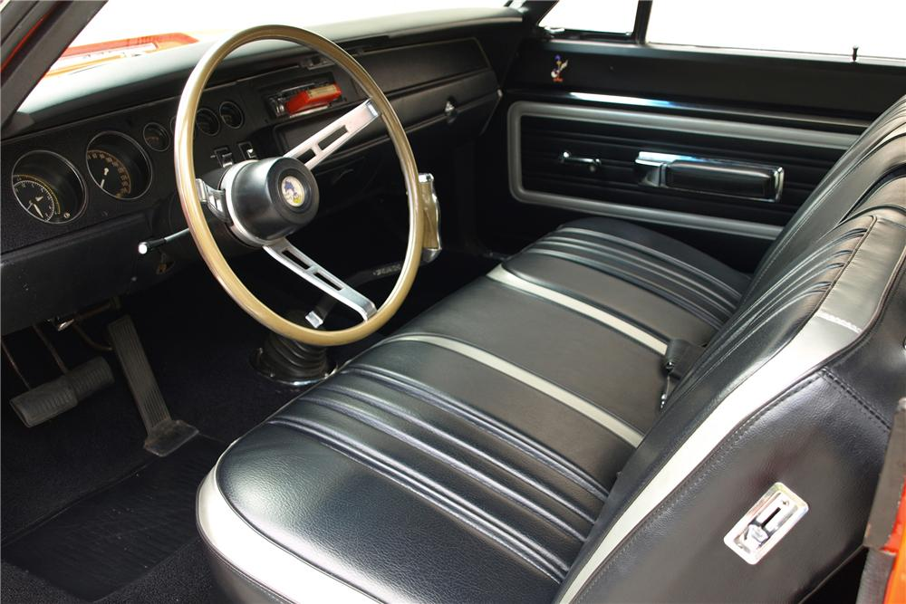 1970 PLYMOUTH ROAD RUNNER COUPE - Interior - 88966