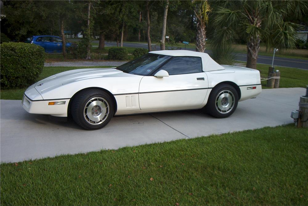 1987 CHEVROLET CORVETTE CONVERTIBLE - Side Profile - 88979