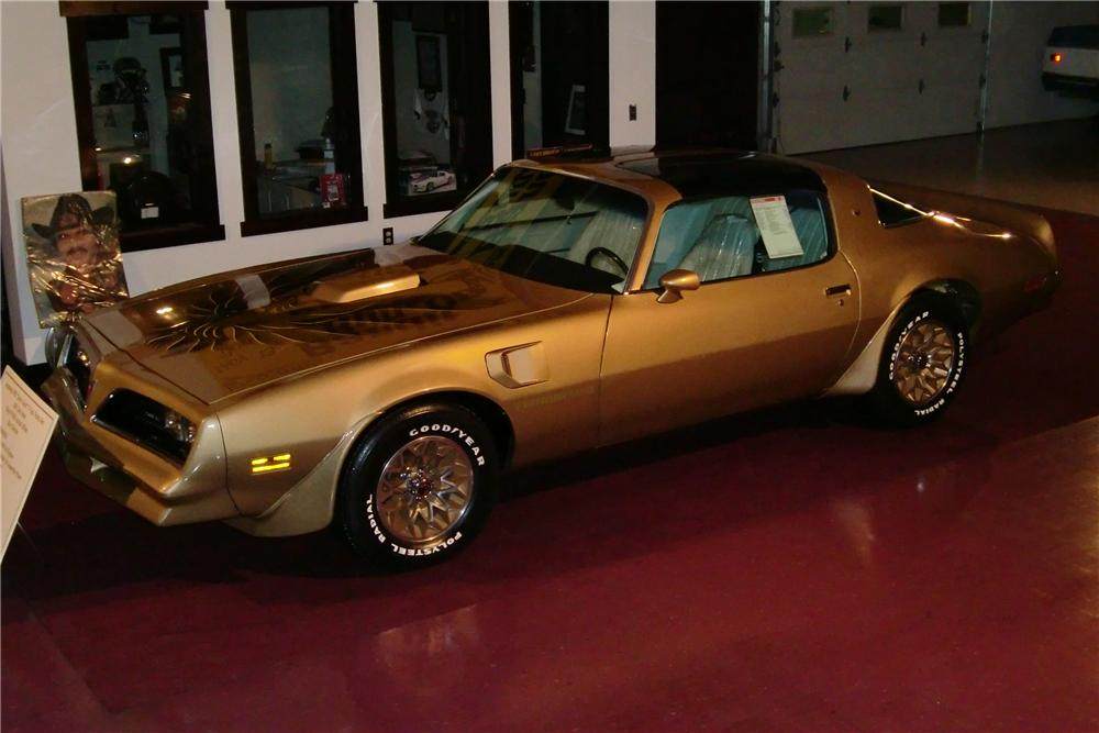 1978 PONTIAC TRANS AM 2 DOOR COUPE - Front 3/4 - 88981