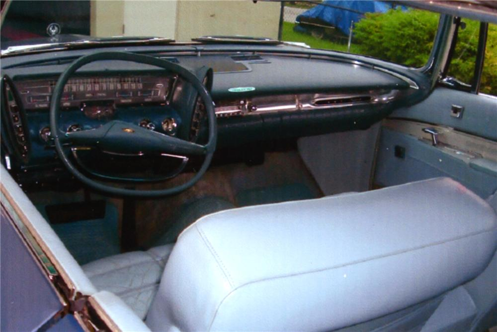 1963 CHRYSLER IMPERIAL 2 DOOR HARDTOP - Interior - 88984