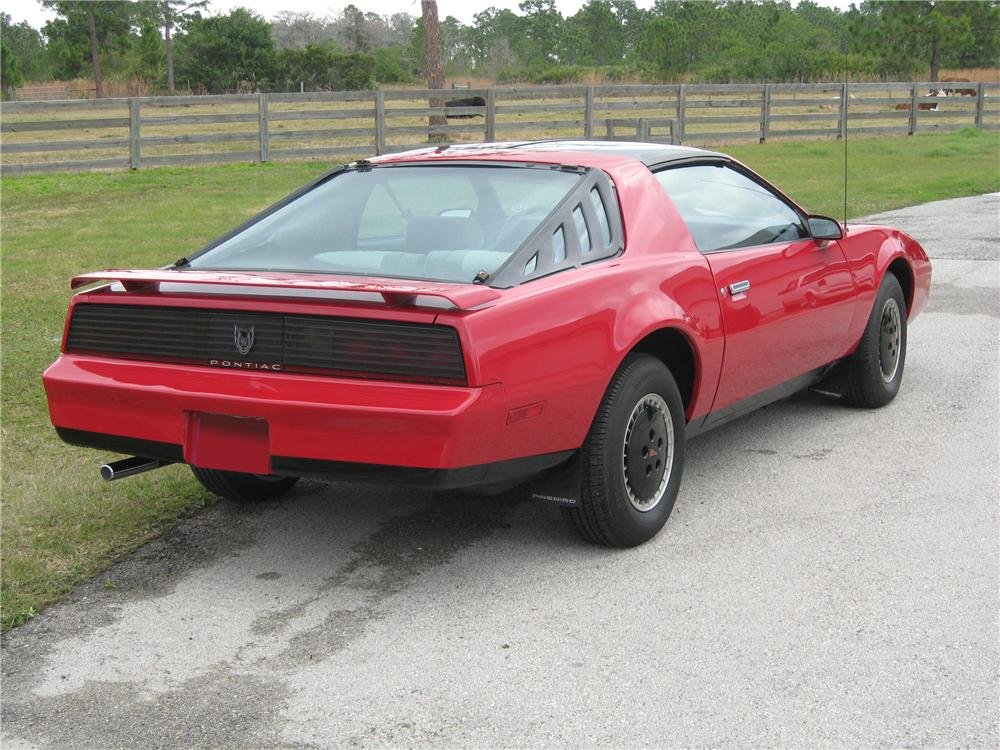 1984 PONTIAC TRANS AM 2 DOOR COUPE - Rear 3/4 - 88986