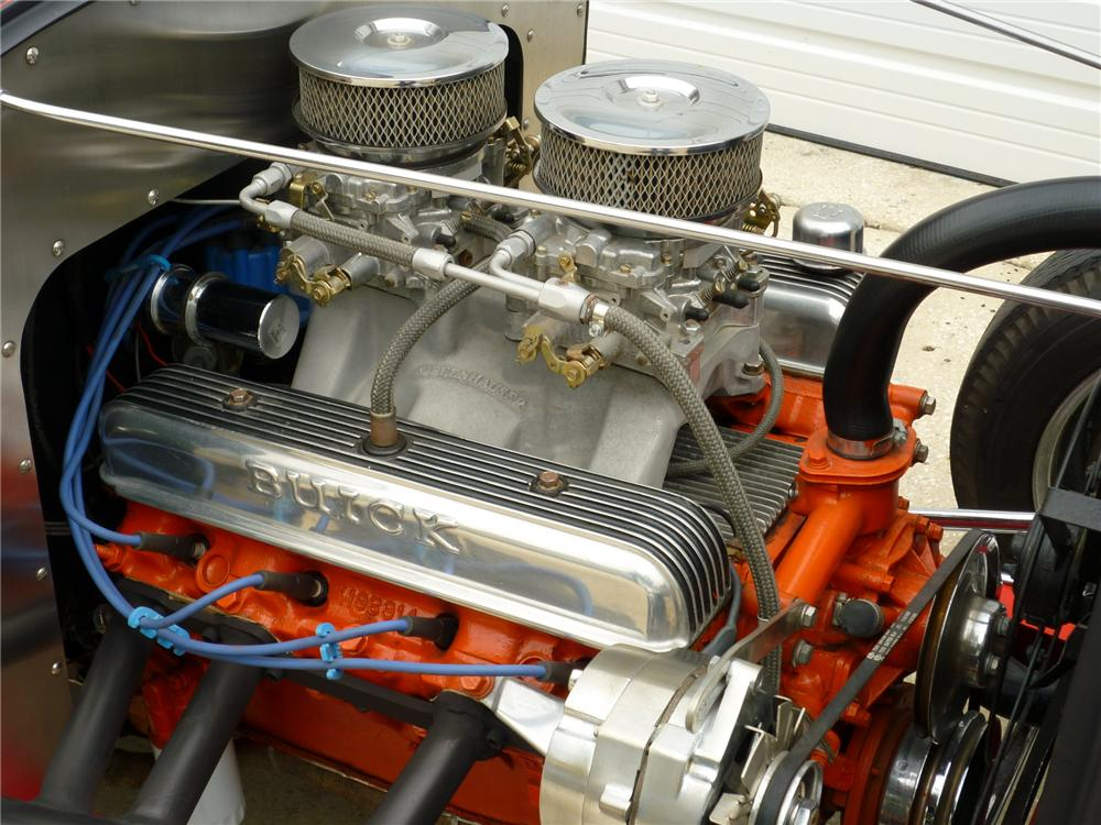 1932 FORD HOT ROD ROADSTER - Engine - 88997