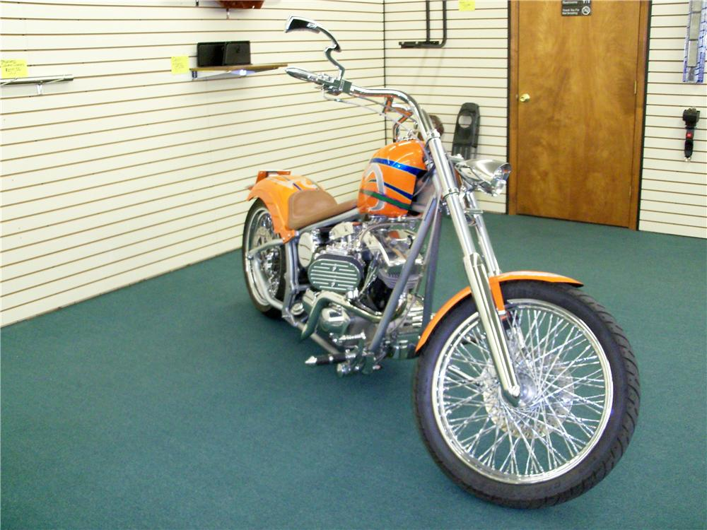 2003 CUSTOM MOTORCYCLE - Front 3/4 - 89001