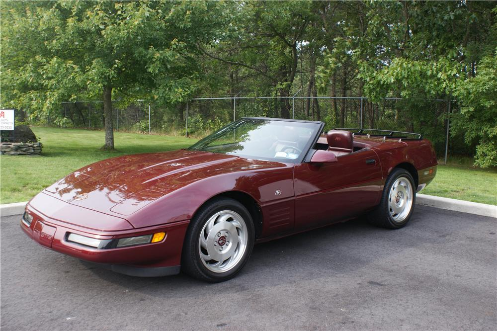 1993 CHEVROLET CORVETTE 2 DOOR CONVERTIBLE - Front 3/4 - 89003