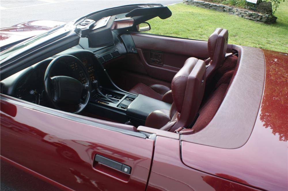1993 CHEVROLET CORVETTE 2 DOOR CONVERTIBLE - Interior - 89003