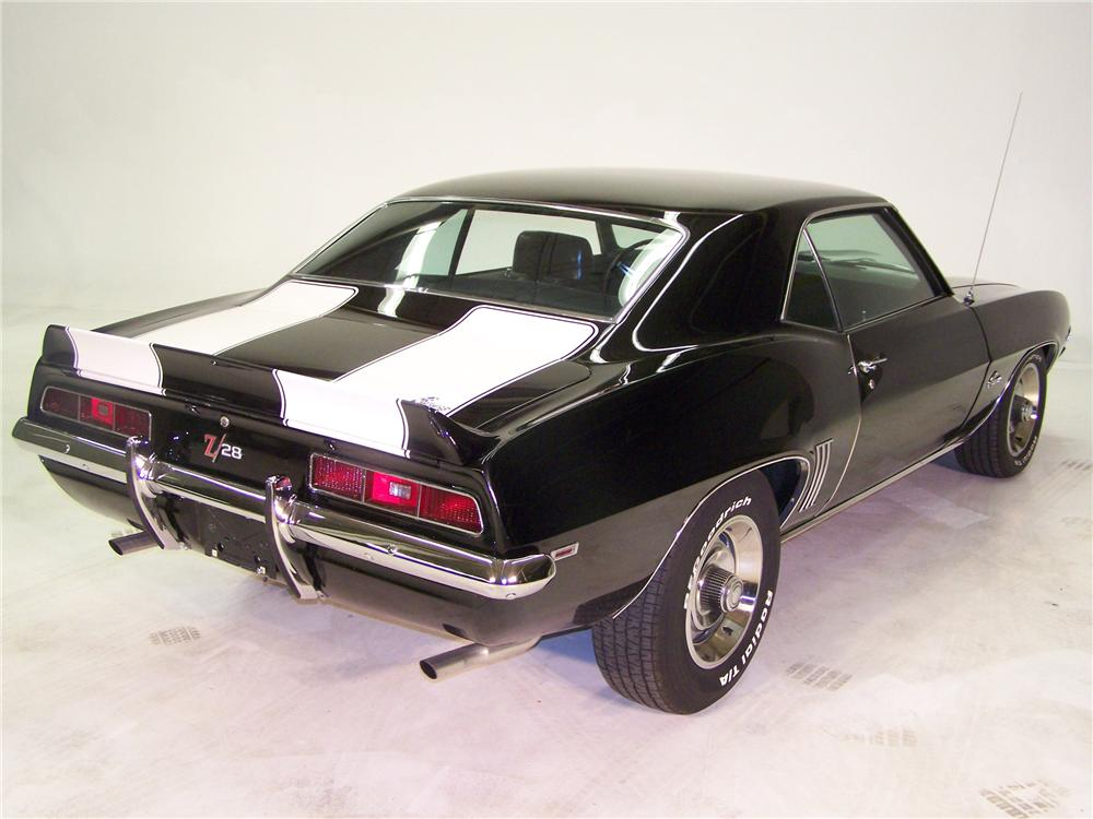 1969 CHEVROLET CAMARO Z/28 2 DOOR COUPE - Rear 3/4 - 89011