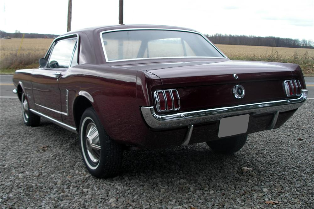 1965 FORD MUSTANG 2 DOOR COUPE - Rear 3/4 - 89022