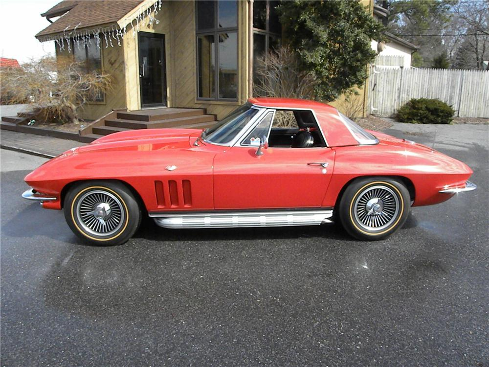 1966 CHEVROLET CORVETTE 2 DOOR CONVERTIBLE - Side Profile - 89027