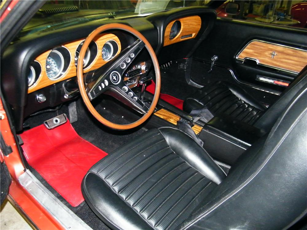 1968 FORD MUSTANG CUSTOM CONVERTIBLE - Interior - 89029